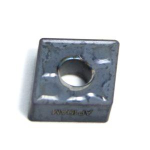 Твердосплавная пластина для токарной обработки CNMG 160612